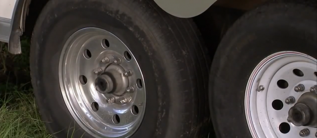 How Do You Know What Size Trailer Tires To Buy